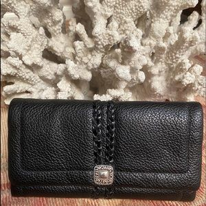NWOT Brighton Black Leather Large Wallet